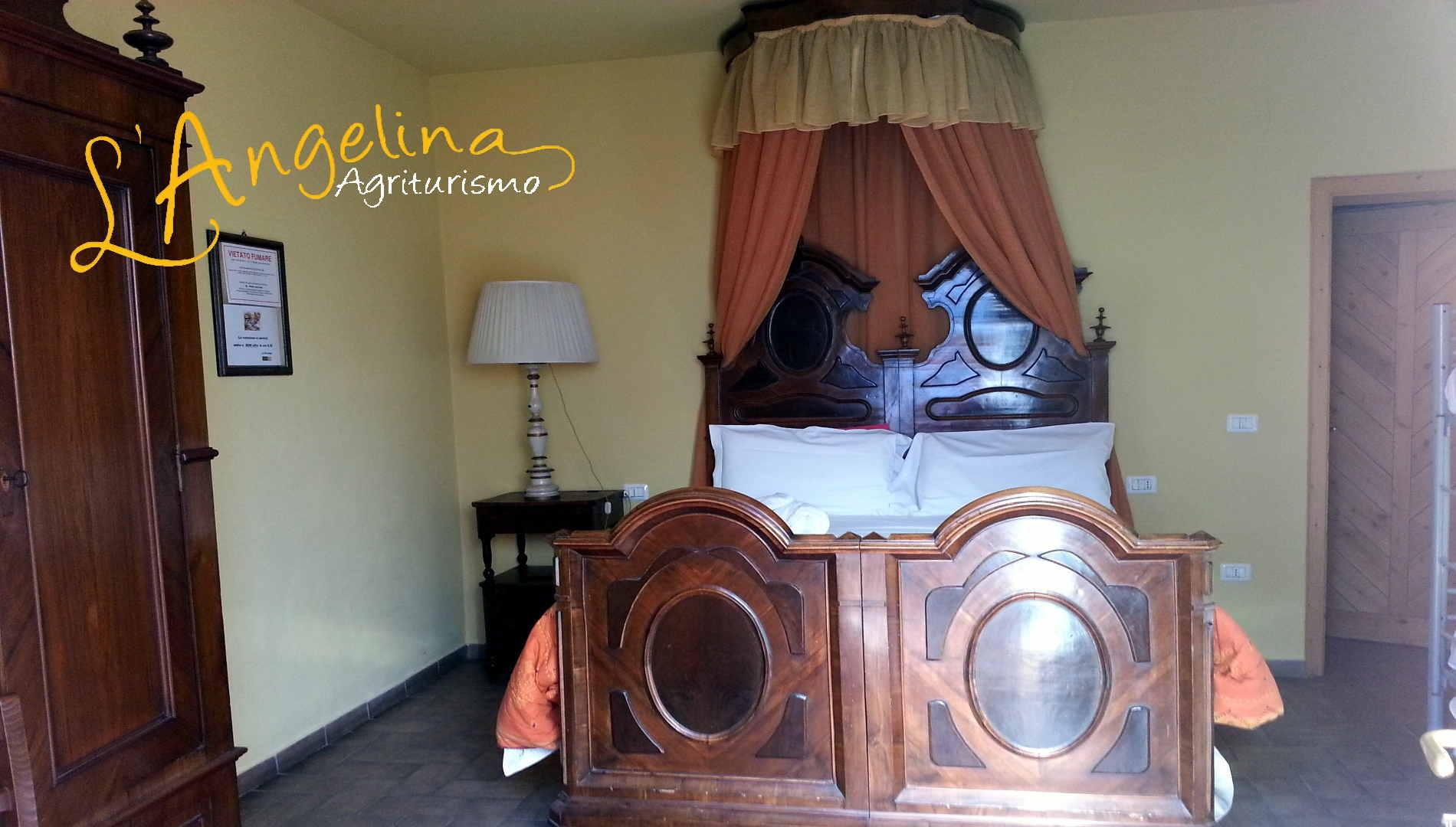 L 39 angelina agriturismo for Letto stile fattoria